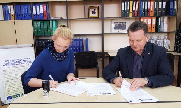 """VšĮ """"Nacionalinis socialinės integracijos institutas"""" pasirašė vietos projekto """"LAB MEDUS - II etapas"""" vykdymo sutartį"""